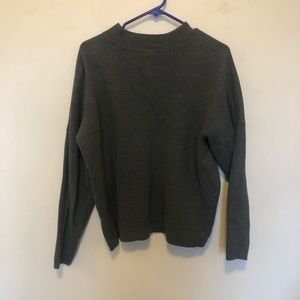 low turtle neck sweater